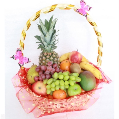 Корзинка для фруктов из арбуза