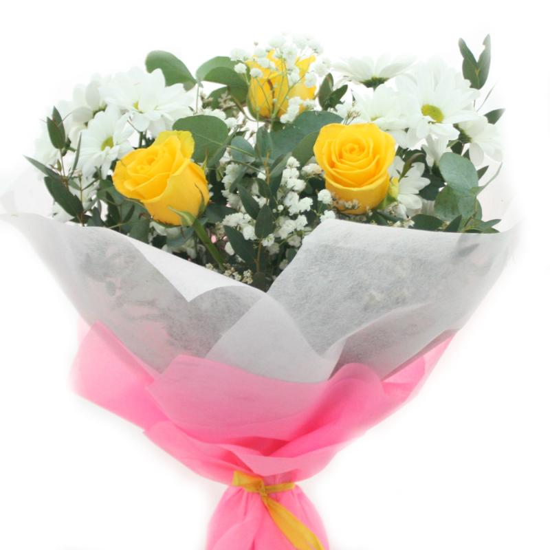 Цветов, букеты стоимостью 1000 рублей